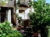kasandra-ammon-garden-21
