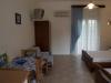 grcka-sivota-apartmani-loutsis-10