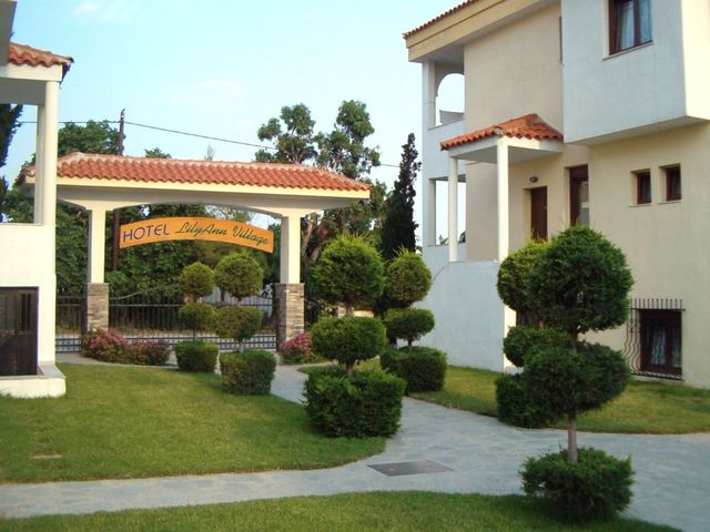 Halkidiki-Atos-Hotel-Lilly-Ann-Village-9