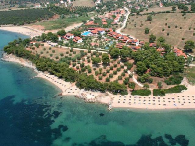 Halkidiki-Zaliv-Toroneos-Blue-Dolphin-2