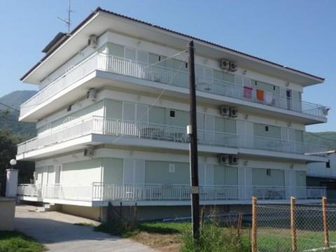 Stavros-Vila-Mihalis-1 (1)-s