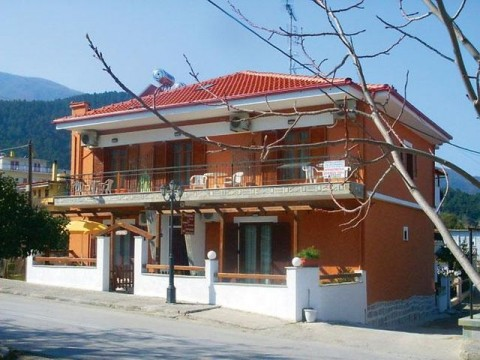 Stavros-vila-marika-house-1 (1)-s