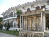 Vila Alexandris, Polihrono