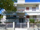 Vila Petrou, Jerisos