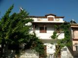 Kuća Margaritis, Sivota