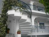 Vila Stela, Stavros