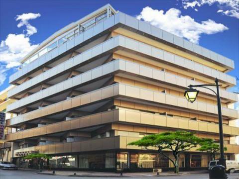 Hotel Mantas (9) naslovna