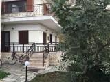 Vila Natalina, Stavros