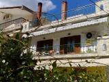 Kuća Vasilis, Stavros