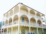 Apartmani Antzi, Stavros