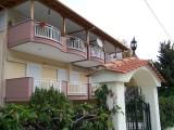 Apartmani Dimitris, Stavros