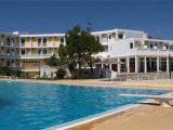 Hotel Lambi, Krit-Amudara
