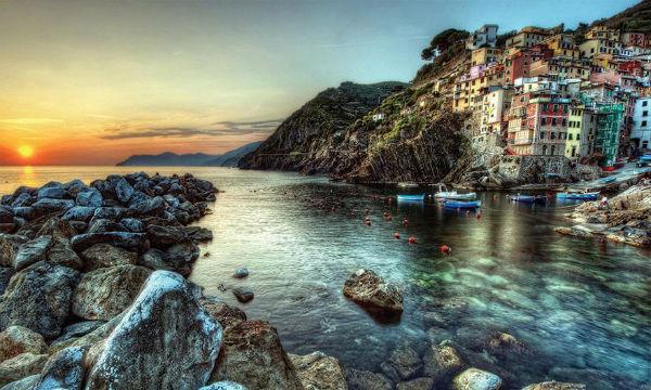 Đenova - Cinque Terre Nova godina 2020.