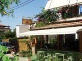 Vila Giannis, Skiatos-Grad Skiatos