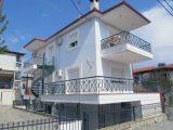 Vila Edvard, Polihrono