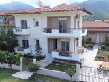 Vila Soso, Stavros