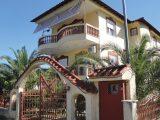 Vila Domna II, Stavros