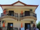 Kuća Valis, Sarti
