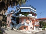 Vila Meri, Sarti