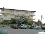 Vila Vasila Andonia, Nei Pori