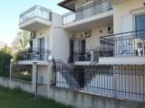 Vila Chrisanthi, Stavros
