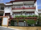 Kuća Fotis, Sarti