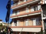 Vila Lakis, Neos Marmaras