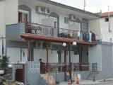Vila Eftihia, Stavros