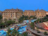 Hotel Royal Dragon, Side