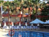 Hotel Semoris, Side