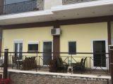 Vila Kiknos, Stavros