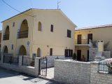 Vila Kimon, Sivota
